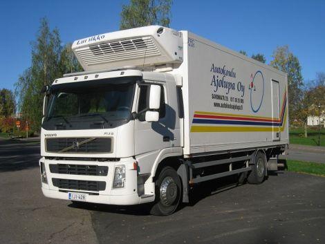 Kuorma-auto Volvo - Ajolupa Oy